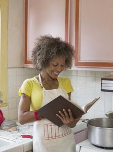 Hur man ser en lista över lågt kolhydratinnehåll livsmedel