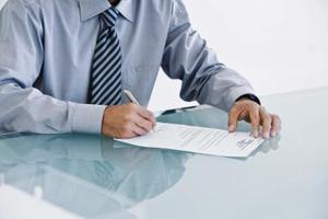 Hur man skriver ett brev om förnyelse av ett avtal