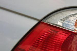 Hur man ändrar svans lampa i en 2001 Audi A4