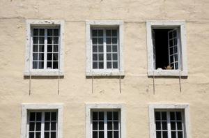 Skillnaden mellan Casement & skjutfönster