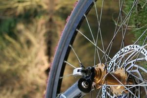 Hur att reparera en cykel däck punktering