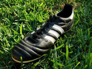 Hur till omsorg för känguru läder fotbollsskor