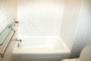 Hur att bleka silikon badrum sealer täta