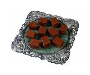 Hur man gör hemgjord choklad Fudge