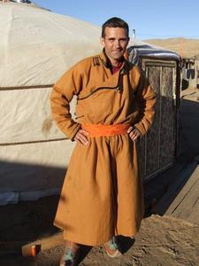 Hur får man svett fläckar av Tan Desert Boots