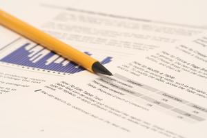 Hur man skriver en utvärderingsrapport för en organisation