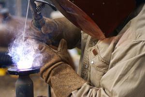 Hur att härda stål med saltvatten