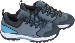 Hur konvertera kvinnors Nike skostorlekar till män
