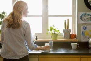 Hur man gör enkla kök gardiner