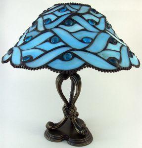 Hur man utformar en målat glas mönster lampa
