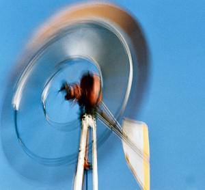 Hur man bygger en hemmagjord väderkvarn för alternativ energi
