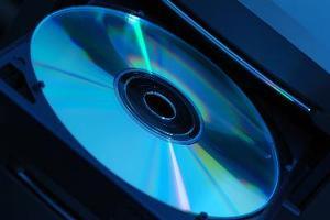 Hur man installerar en intern Sata DVD-enhet
