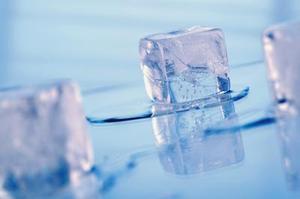 Hur du förhindrar att en isbit smälter med husgeråd