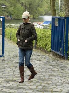 Fashion Boots slitage över Jeans