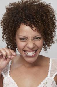 Biverkningar av Tea Tree olja tandkräm vid förtäring