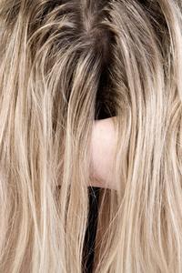 Hur man gör håret växa snabbare med häst schampo