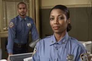 Hur man skriver ett brev till din polisen om ett klagomål
