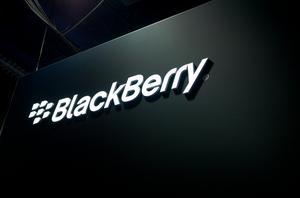 Ta bort bilder från Facebook med din BlackBerry