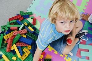 Hur man bygger en LEGO slangbella