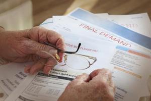 Hur man använder redovisningen papper för en hushållsbudget