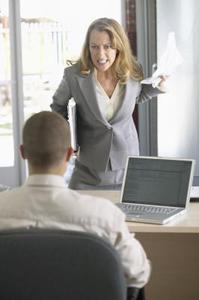 Vad du gör om din chef hotar att säga upp dig