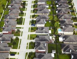 Orsakerna & effekter av stadsutbredning