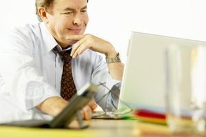 Hur man skriver en förfrågan brev befordran
