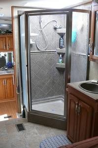 Rengöra duschdörrar