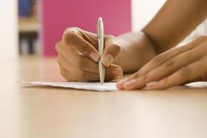 Hur att skriva ett tillbakadragande från college