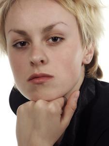 Frisyrer för fyrkantiga ansikten med tjockt hår