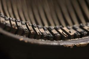 Ta bort rost i en skrivmaskin underwood