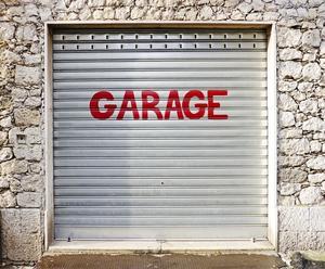 Hur man bygger garage mellanväggar