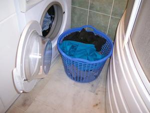 Hur får man mögel bort av en gummipackning i tvättmaskin?