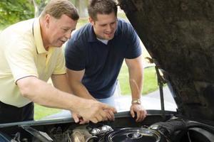 Hur man ersätta 2000 VW Jetta serpentin bälte