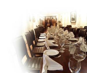 Hur man ordet inbjudningskort till ett bröllop repetition middag