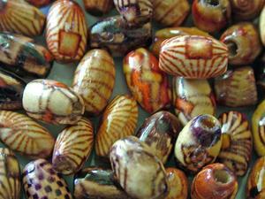 Hur du använder lös afrikanska papper pärlor