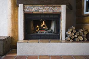 Hur man bygger keramiska plattor härden kuddar