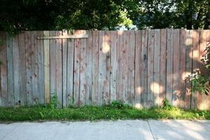 Hur att spraya ett staket