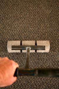 Hur tar man bort mattan lukter & fläckar