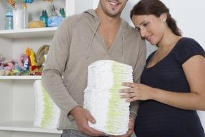 Baby shower gåva idéer med blöjor