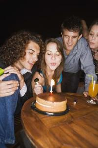Hur man önskar en vän födelsedagen
