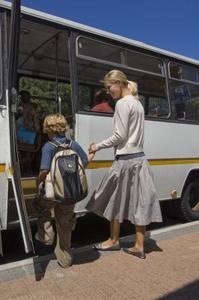 Hur man skapar Reklamblad för en bussresa