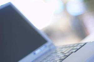 Varför min Dell Laptop zooma medan jag skriver?