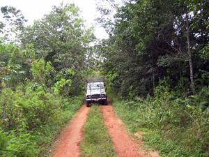 Hur man byter av tändningen på en Jeep Wrangler 1995