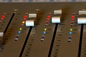 Hur kan jag få ett hem inspelningsstudio till grossistpriser?