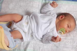 Checklista för att hämta hem en ny bebis