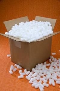 Hur du lägger till polystyren pärlor till betong