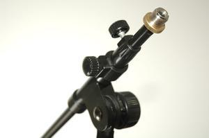 Hur man skapar en mikrofon stativ