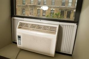 Vad är fel med min fönster Air Conditioner om det inte blåser ut kall luft?