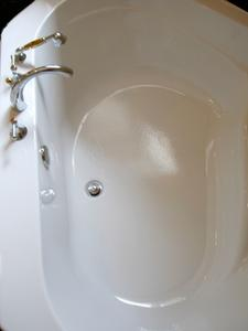 Hur tar man bort en hiss & vända badkar propp